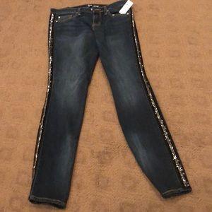 NWT-Gap Mid-Rise Skinny Jeans w Sparkly Stripe